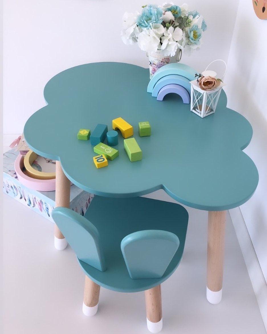 Дитячий стіл, 1 стілець (зайчик і столик хмара)