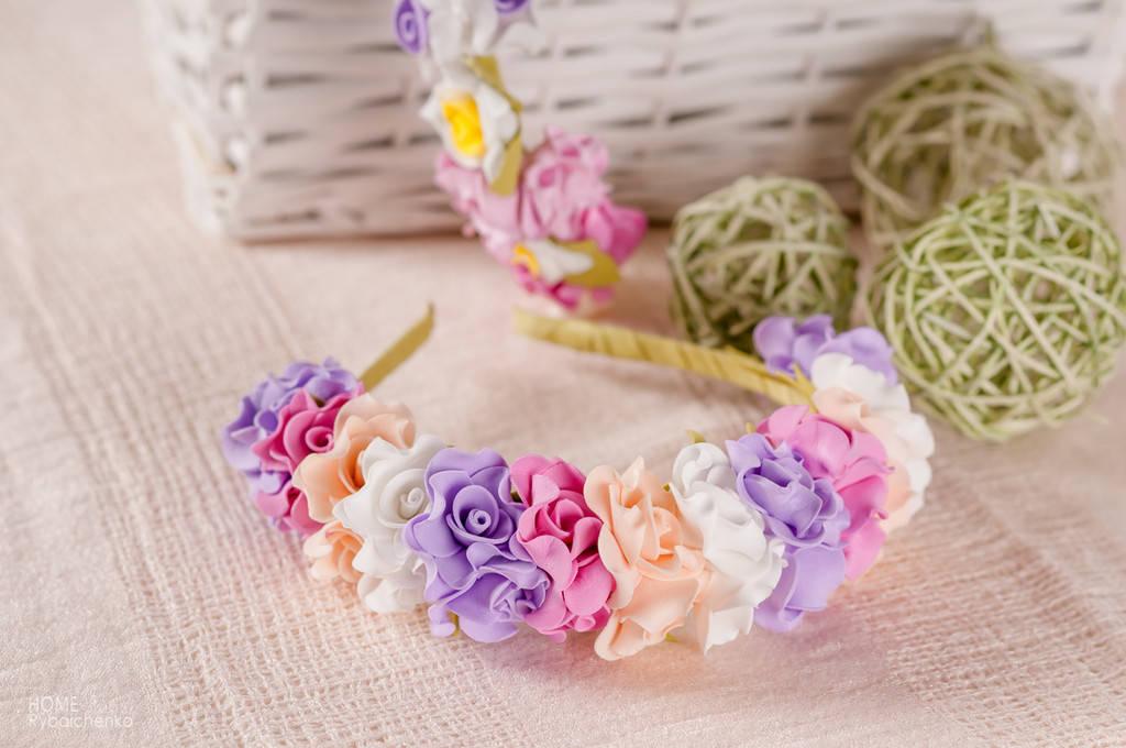 Ободок из Белых, Сиреневых, Темно-розовых и Персиковых роз (Фоамиран, Латекс)