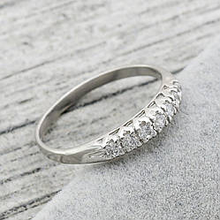 Серебряное кольцо Мирель вставка белые фианиты вес 1.27 г размер 17