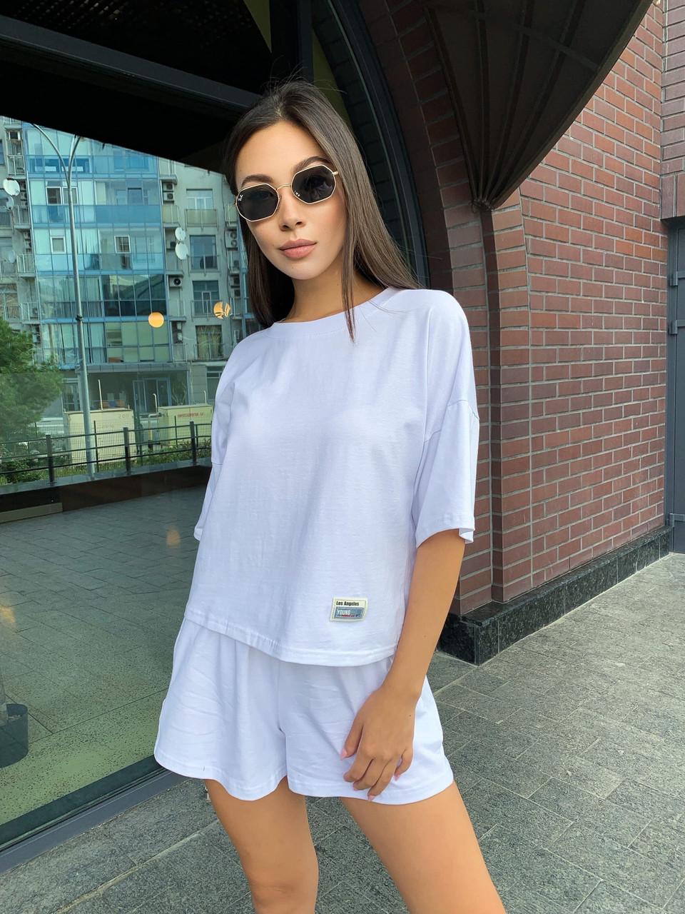 Женский летний костюм с шортами и свободной футболкой 65101047