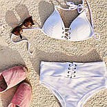 Білий жіночий роздільний купальник з чашками і завищеними плавками 6125552, фото 4