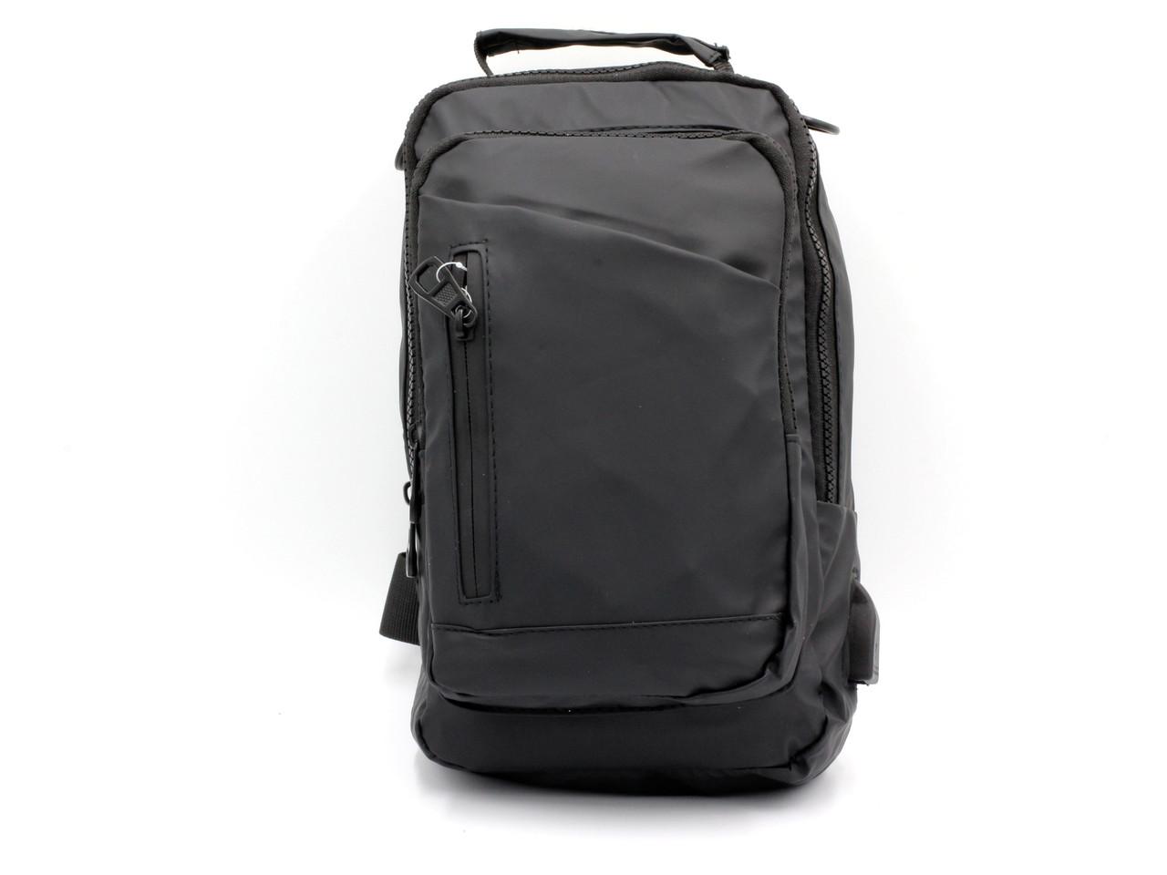 Мужская сумка (бананка-сленг) через плечо из мягкой ткани черного цвета.