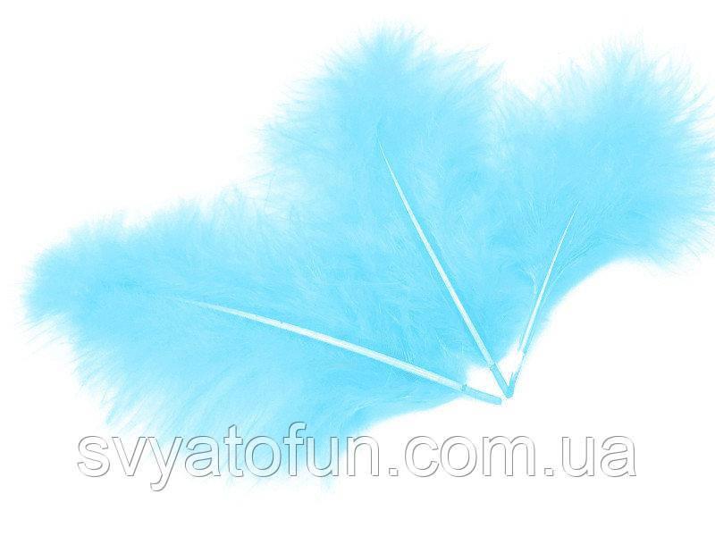 Перья натуральные для декора голубые