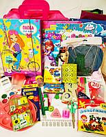 Школьный набор канцтоваров для девочки Премиум+, 38 предметов