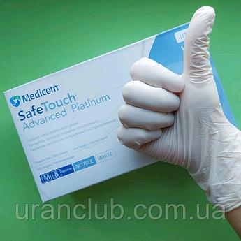 Перчатки медицинские. Белые нитриловые перчатки SafeTouch® Platinum White Nitrile РАЗМЕР M