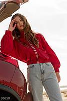 Плащевая куртка красного цвета UN