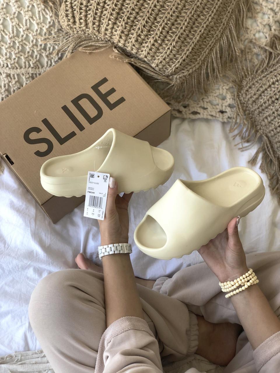 Тапки / Шльопанці Adidas Yeezy Slide Bone