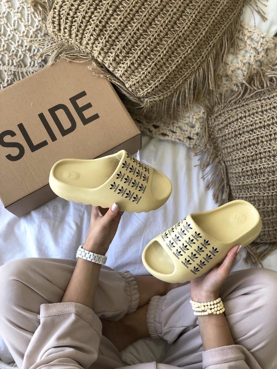 Тапки / Шлепанцы Adidas Yeezy Slide