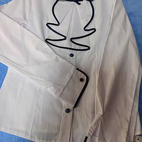 Нарядная школьная блуза с отстежным жабо и с синей отделкой.