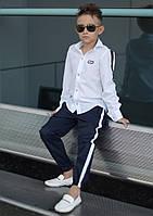 Стильная рубашка на мальчика с эмблемой fashion № 681 е.в
