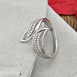 Кольцо Xuping 14799 размер 21 ширина 20 мм вес 3.7 г белые фианиты позолота Белое золото