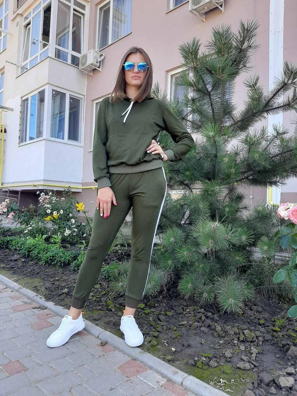 Женский спортивный костюм хаки с лампасами 1233131417