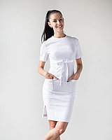Женское медицинское платье Скарлетт белого цвета