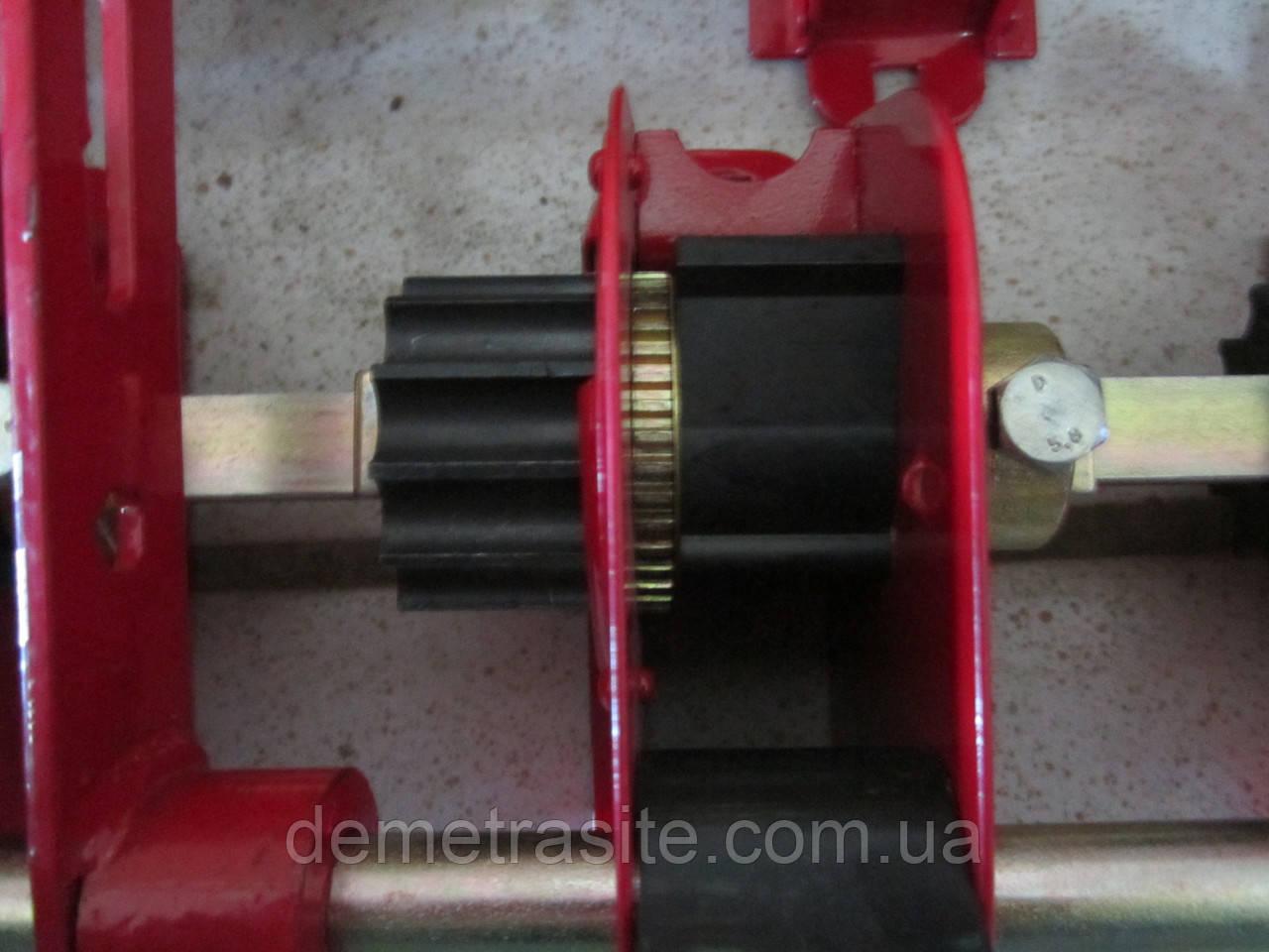 Апарат висіваючий з мелкосемянным висівом на сівалки СЗ лівий металокераміка