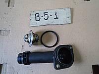 Фланец системы охлаждения и термостат VW Passat B5 1.8T AWT 2001 г.в. 06B 121 121, 06B121121