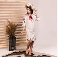 Красивое вышитое платье на девочку из льна, свободного кроя