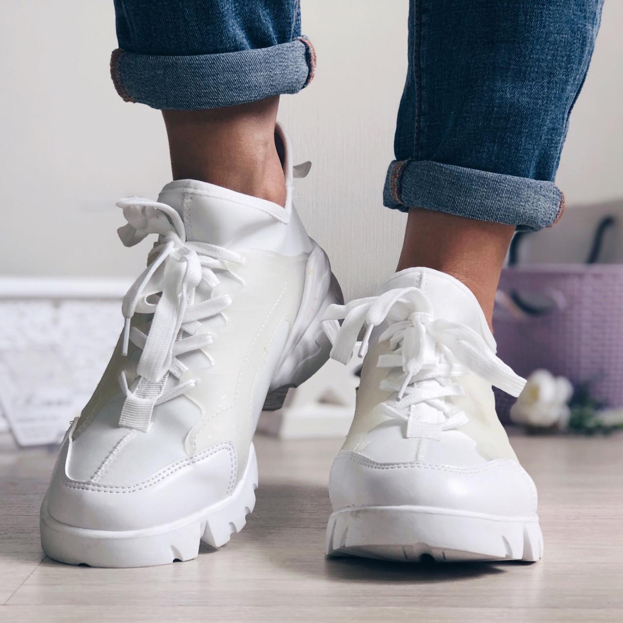Женские кроссовки в стиле Dior