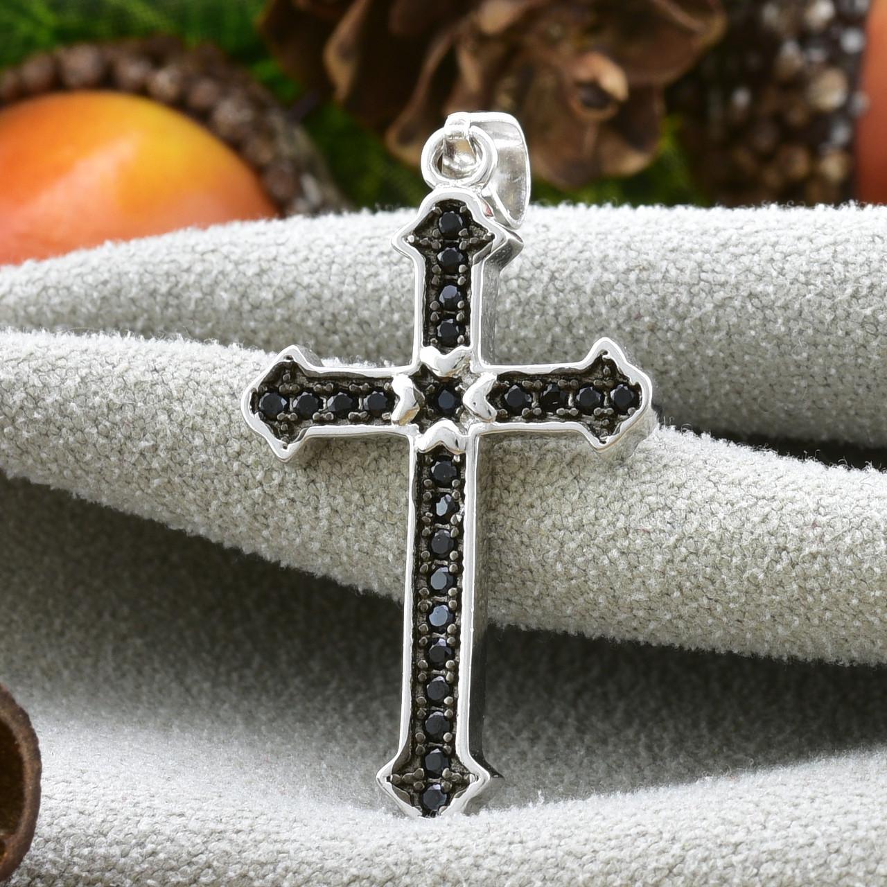 Серебряный крестик размер 31х16 мм вставка черные фианиты вес 1.98 г