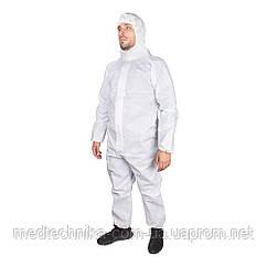 Одноразовый защитный костюм с капюшоном, трехслойный (плотность 60 г/м), белый,