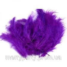 Перья фиолетовые 100 шт./ упак. (10-15 см) натуральные для декора и воздушных шаров