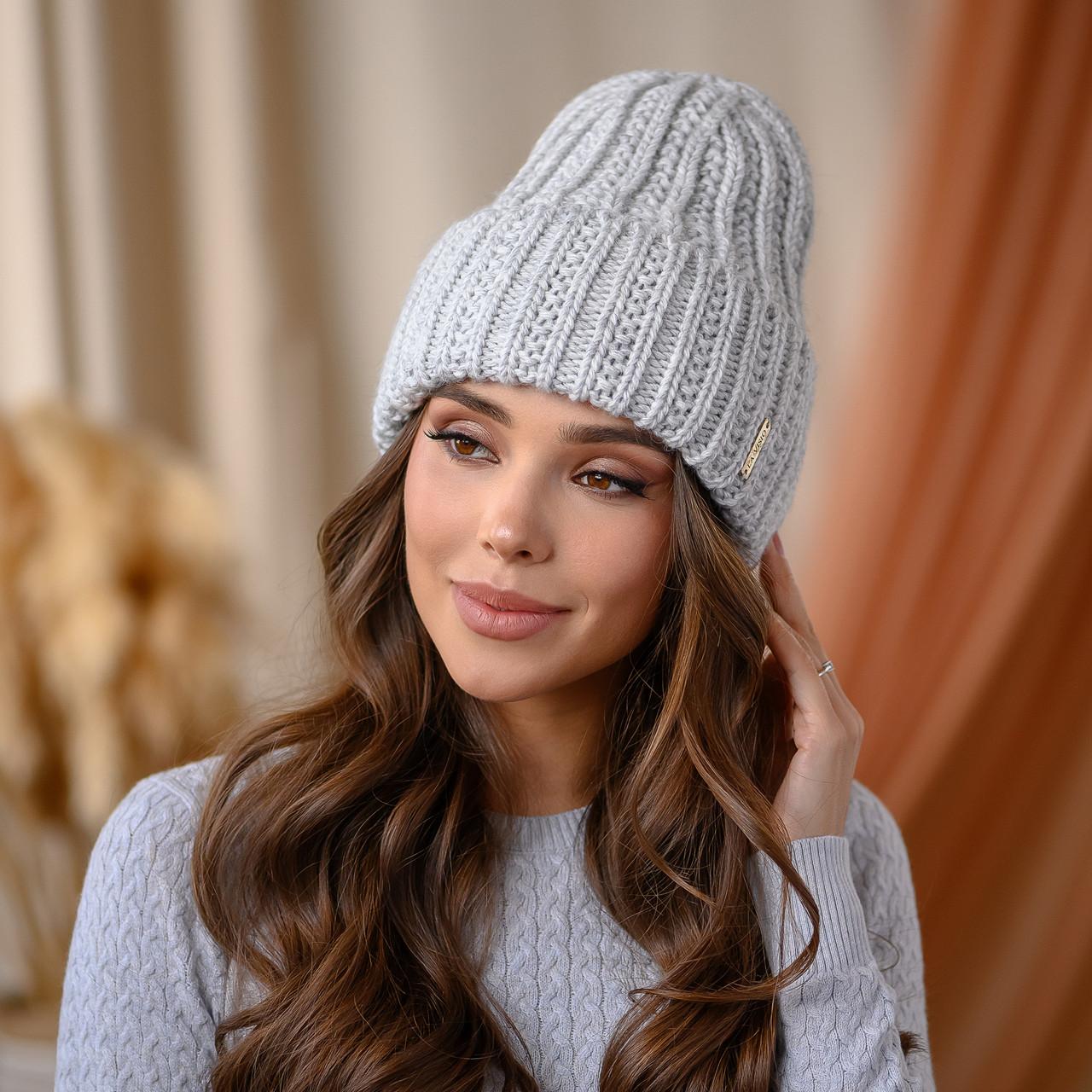 """В'язана шапка """"Летісія"""" колір -світло-сірий"""