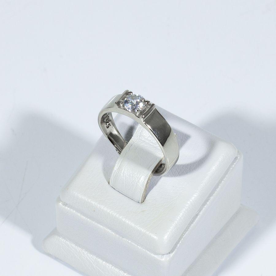 Кольцо серебряное с фианитом 925-5609-15/1