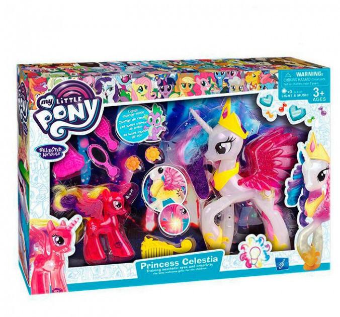 Набор фигурок большого Пони с крыльями и маленького My Little Pony