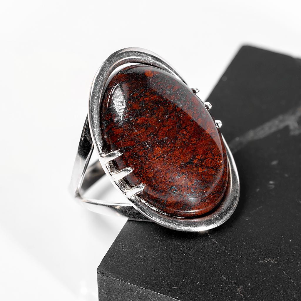 Яшма красная, 25*18 мм., серебро 925, кольцо, 993КЯ