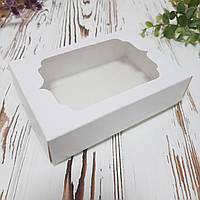 Коробка для подарков с фигурным окном 130х90х35 мм.