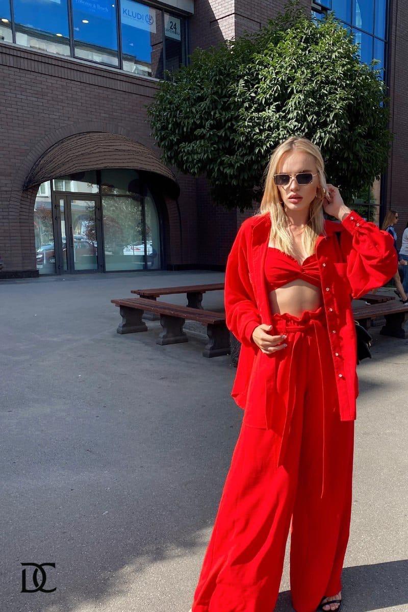 Женский костюм - тройка с брюками клеш, топом бюстье и свободной рубашкой 31kos1069