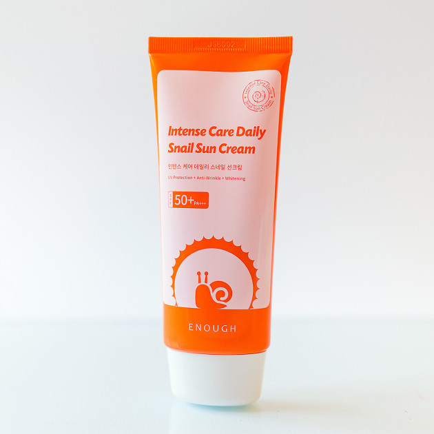 Солнцезащитный крем с муцином улитки Enough Intensive Care Daily Snail Sun Cream SPF 50+ 70 мл