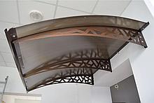 Готовый сборный козырек 2,05м * 1,5м Сотовый поликарбонат 6 мм
