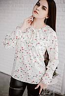 Женская блуза в цветочек белая