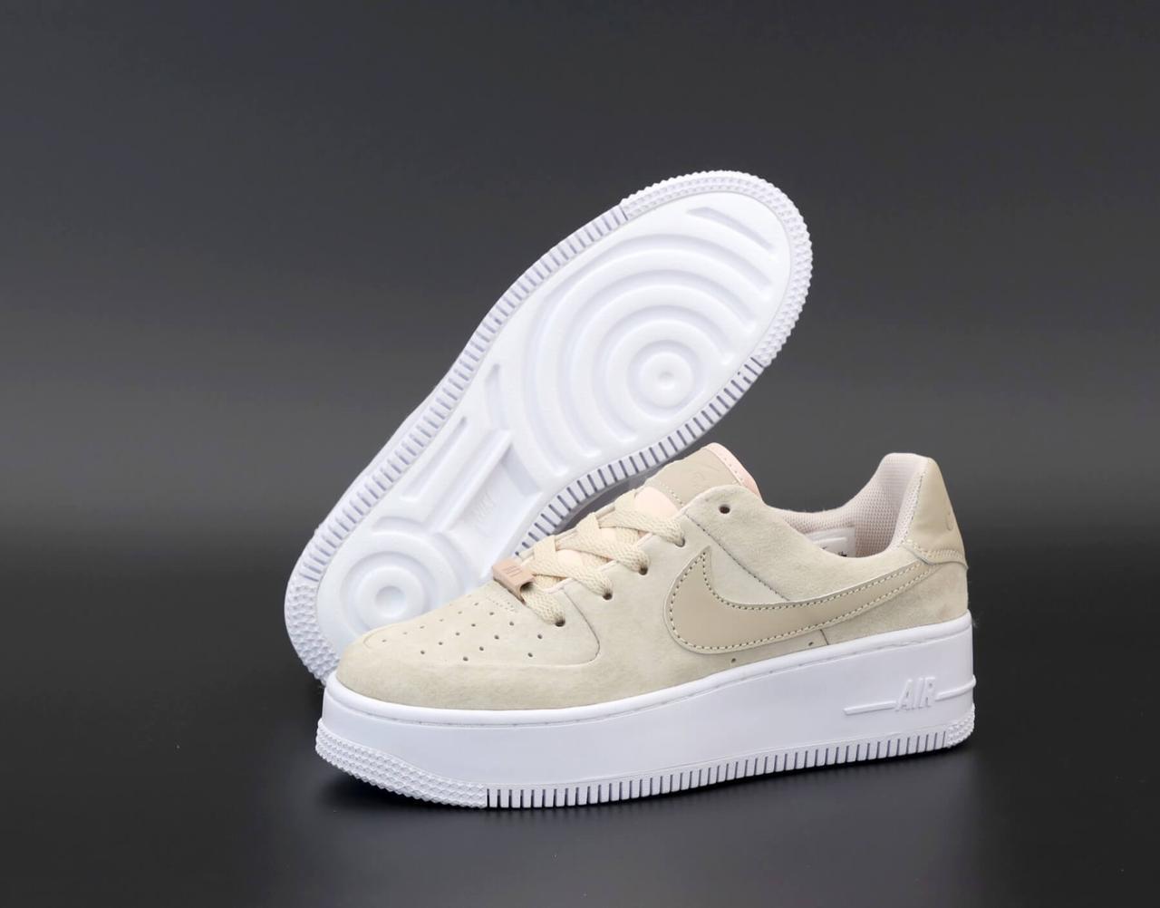 Женские кроссовки Nike Air Force 1 Low Beige Sage (Бежевые низкие кроссовки Найк Аир Форс 1 замшевые)