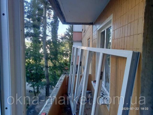 Остекление балкона Чешка окнами Rehau