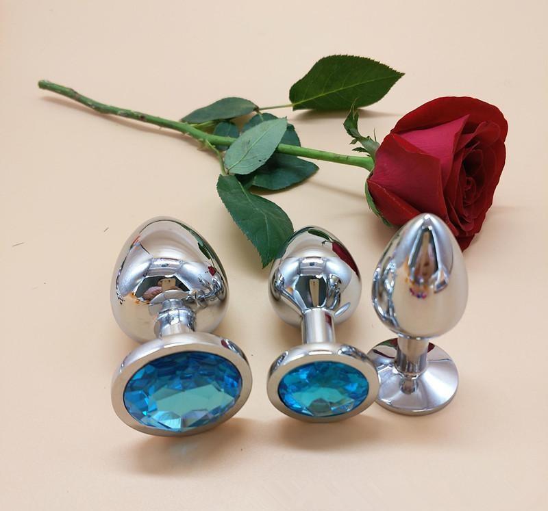 Набор металлических анальных пробок разного размера с голубым кристаллом S M L