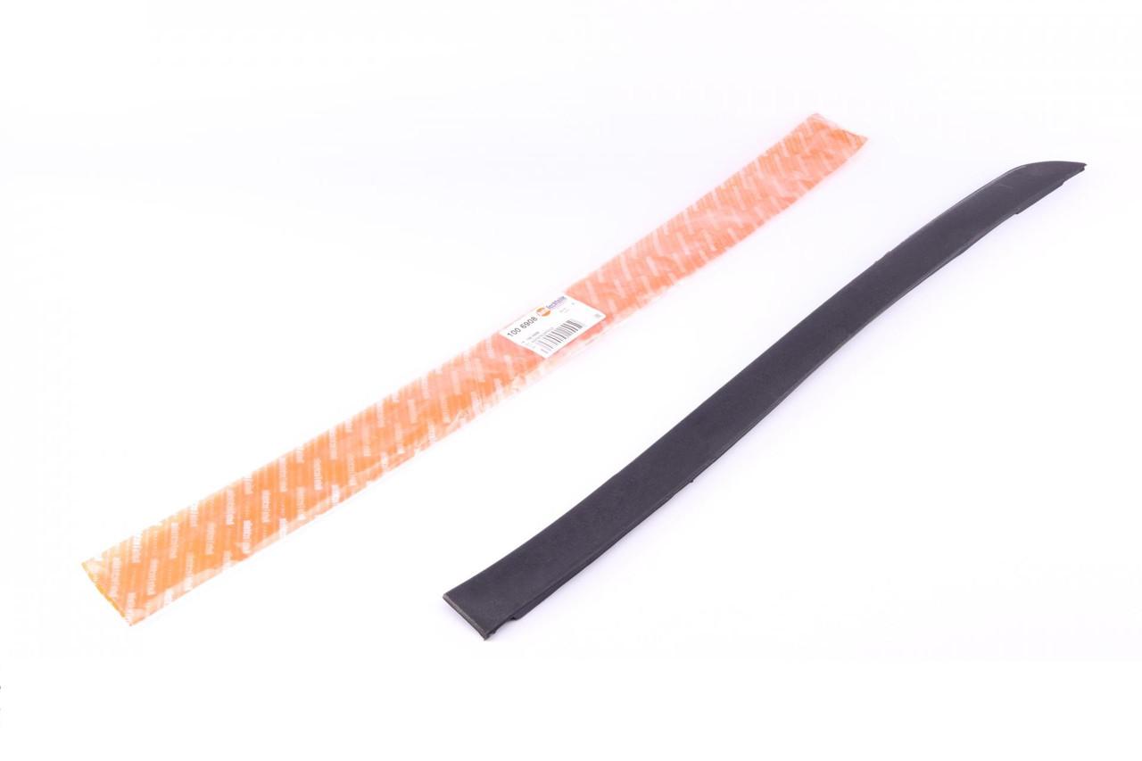 Накладка лобового скла MB Vito (W638) 96-03 (зліва) (1006908) AUTOTECHTEILE