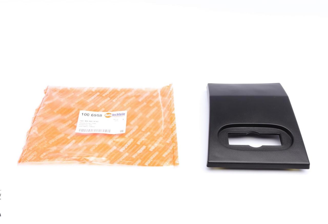Молдинг кузова (слева) MB Sprinter (W906)/VW Crafter 06- (1006958) AUTOTECHTEILE