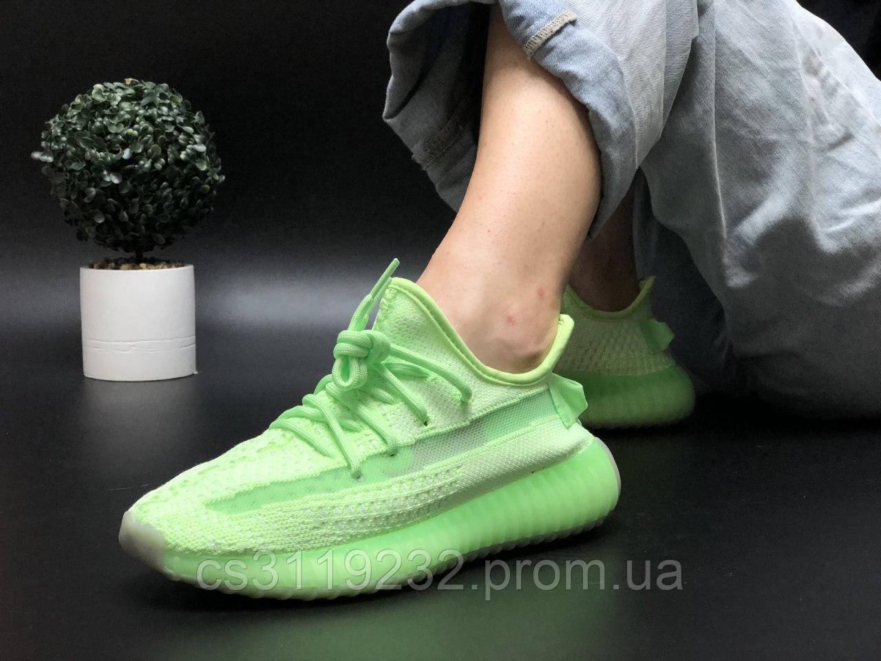 Женские кроссовки Adidas Yeezy v2 350 Glow in dark (зелёный)