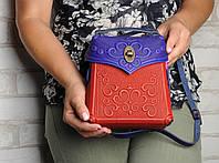 Кожаный ультрамариново-красный рюкзак ручной работы, сумочка-рюкзак с авторским тиснением, фото 1