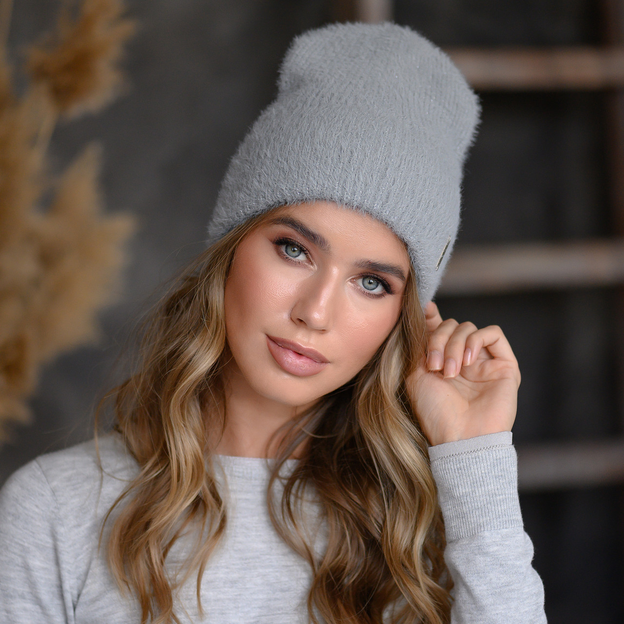 "Вязанная шапка ""Тереза"" цвет серый"