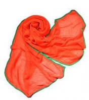Яркий объемный шарф