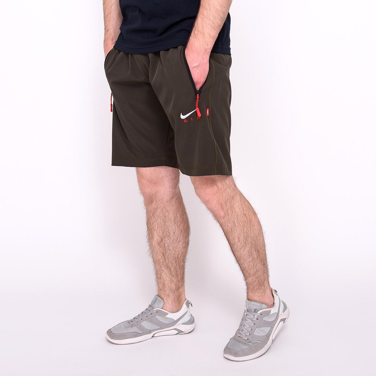 Чоловічі спортивні шорти Nike, кольору хакі (плащівка).