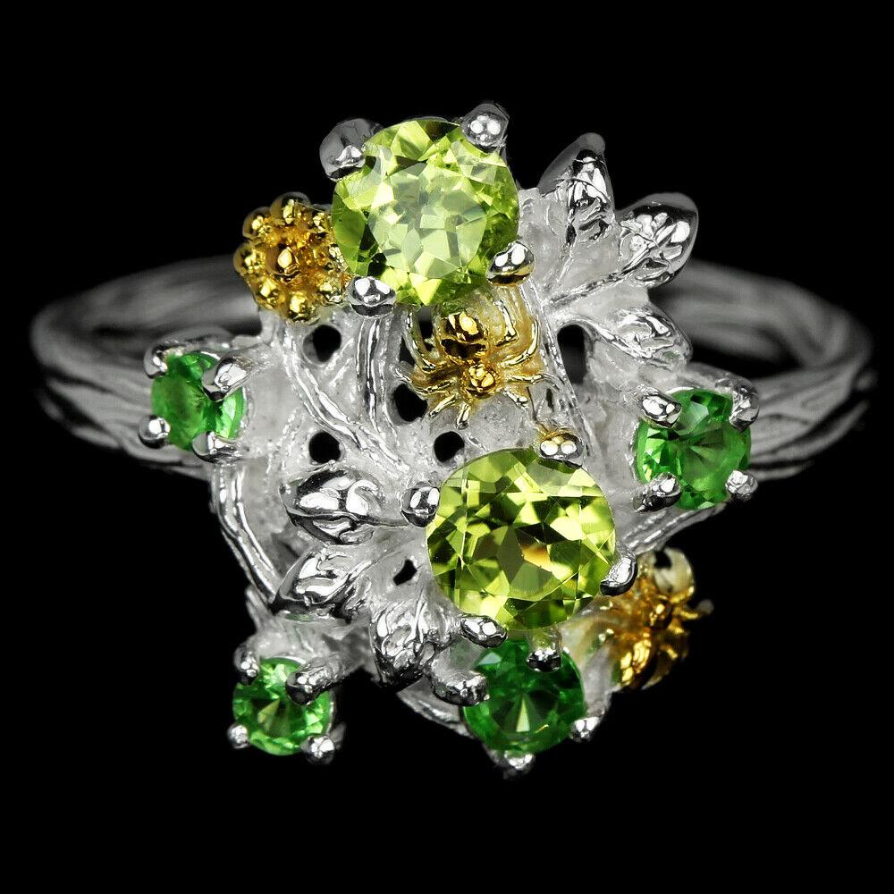 Серебряное кольцо с хризолитом и цаворитом, 1491КХ