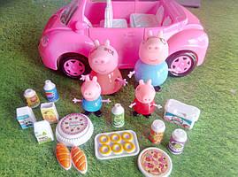 Игровой набор машинка Семья Свинки на пикнике