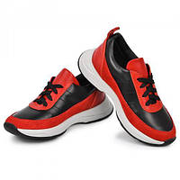 Кроссовки кожаные для мальчика размер с 32 по 39 производитель Украина.