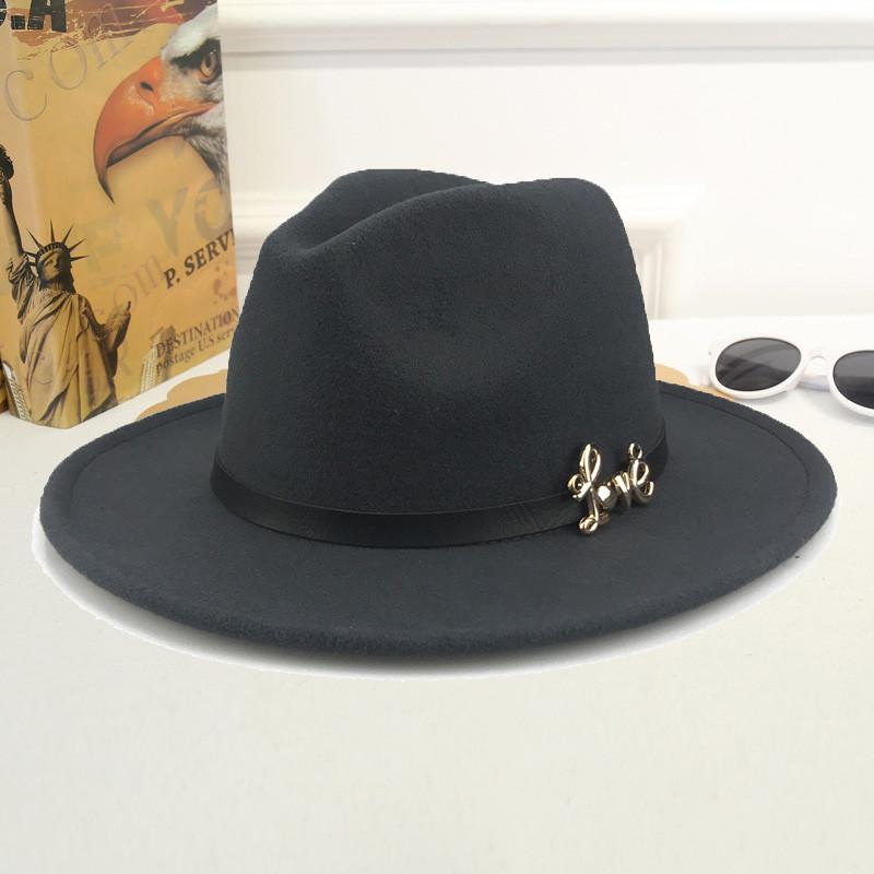 Шляпа женская фетровая Федора LOVE с устойчивыми полями и ремешком из экокожи темно-серая (графит)