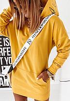 Сукня міні вільний з капюшоном і кишенею гірчиця, фото 2