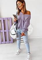 Вільний жіночий в'язаний светр з вирізом, фото 2