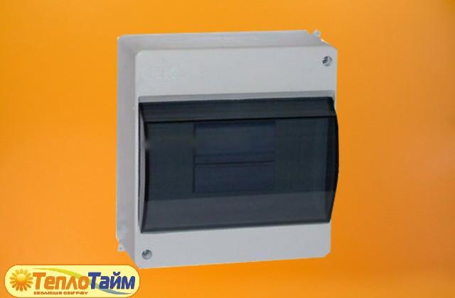 Щиток электрический под 4-6 автоматов (с крышкой)